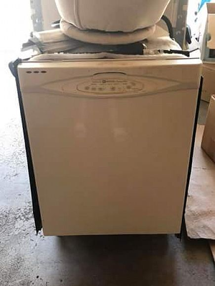 ad dishwasher