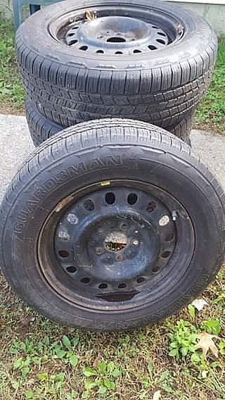 ad tires and rims p235/65r17 on jeep steel wheels