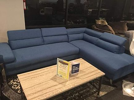 ad brand new sectional with adjustable headrests