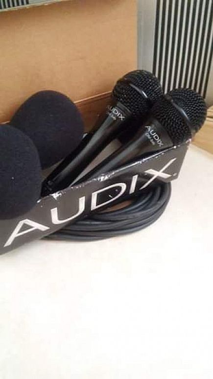 ad audix om3xb vocal mic(pair) w/cable & windscreen