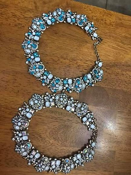 ad fashion necklace