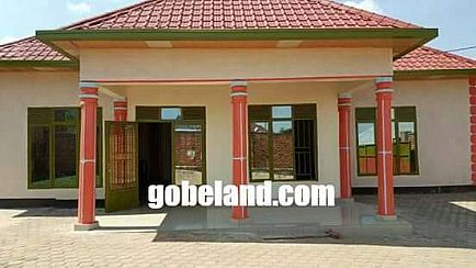 ad kanombe house for sale/4 bedrooms/price:42 millions