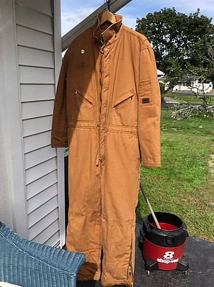 ad wall large insulated jump suit.