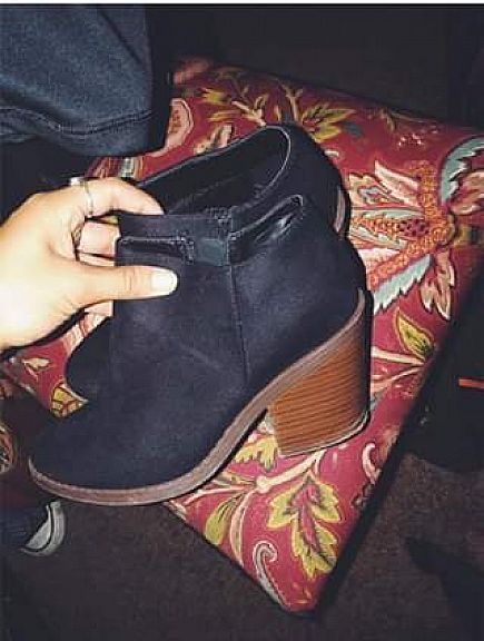 ad black booties