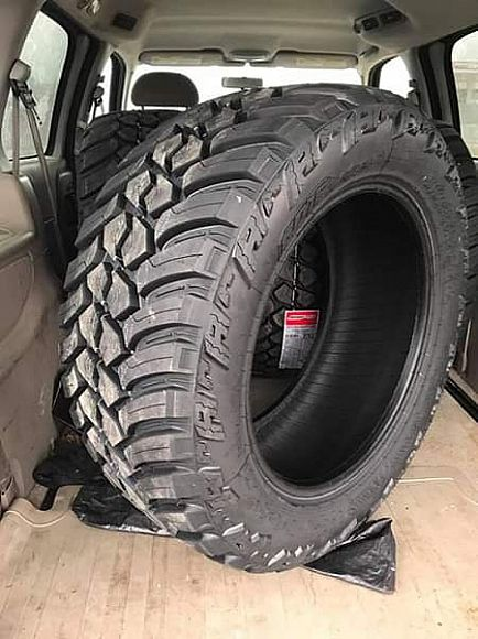 ad set of 4 tires 33-1250-20