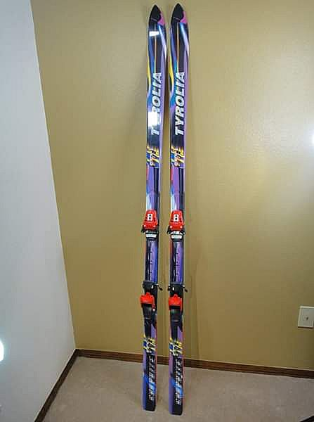 ad tyrolia mc5 graphite skis 190 with tyrolia 660 bindings