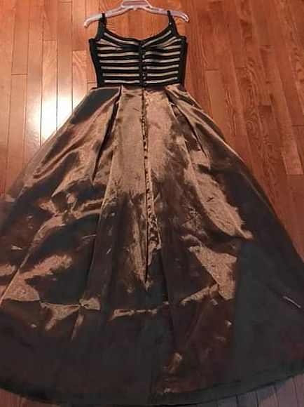 ad custom design and made evening gown dress