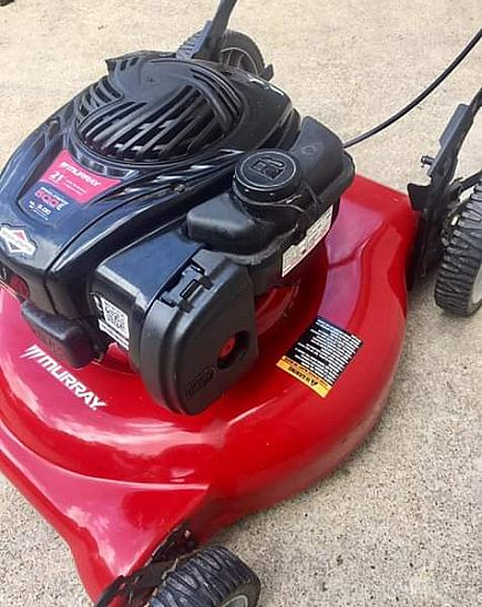 ad murray / briggs & stratton big wheel push lawnmower near new condition - starts easy - mulch or side