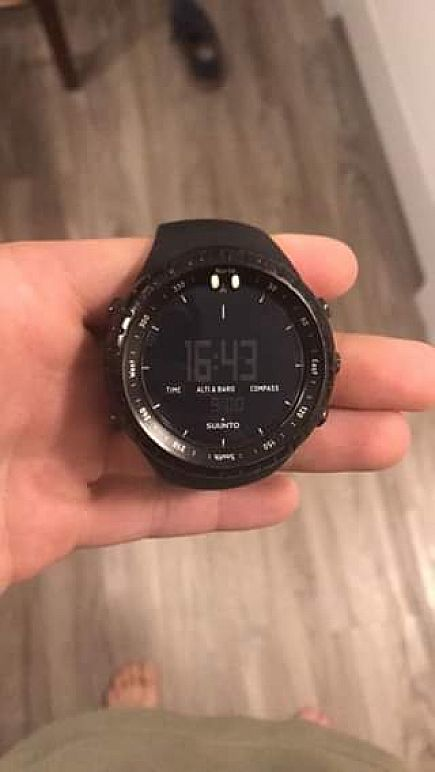 ad suunto core wrist-top computer/watch