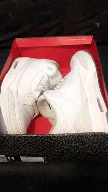 ad pure white 3s sz11