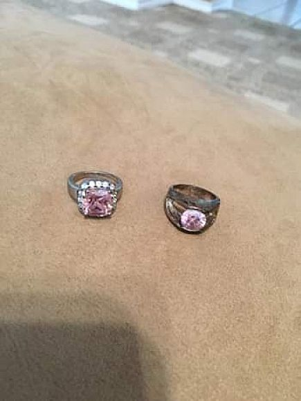 ad 2 pink stone fashion rings