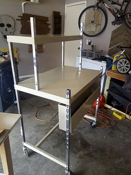ad rolling work table