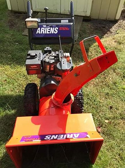"ad ariens 24"" st824 le snow blower"