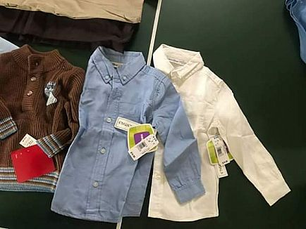 ad brand new boy's clothes, size 3-4t