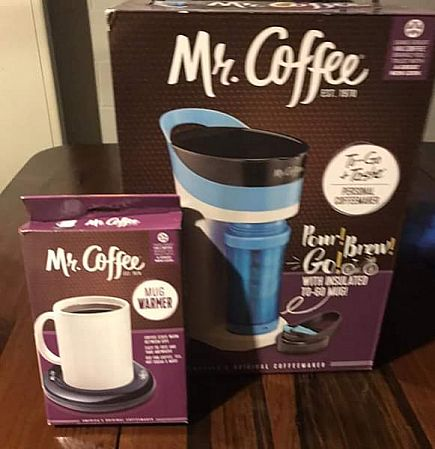 ad mr coffee set (personal brewer and cup warmer)
