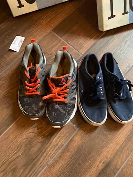 ad free room decorations and shoes