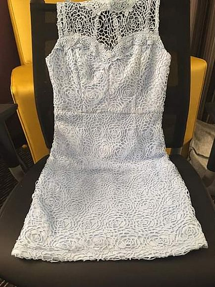 ad 5 brand new w/tags dresses - all size small