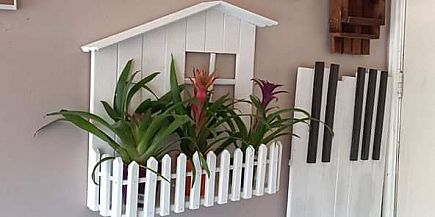 ad white picket fence