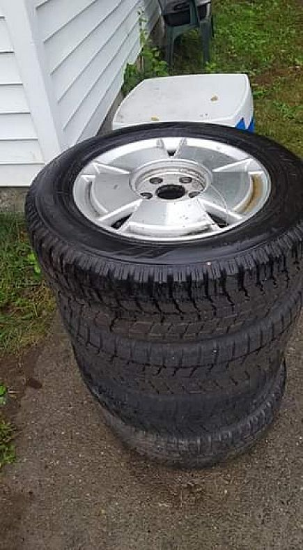 ad honda civic aluminum rims and snow tires