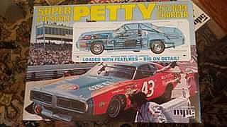 ad 1973 petty dodge charger model kit