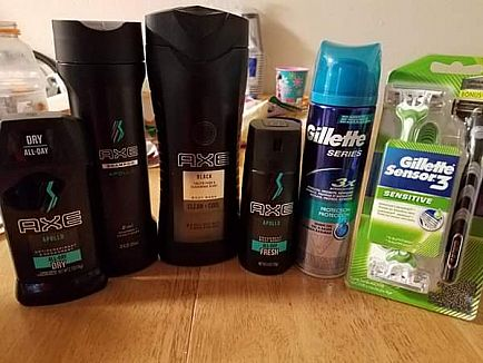ad mens hygiene sets