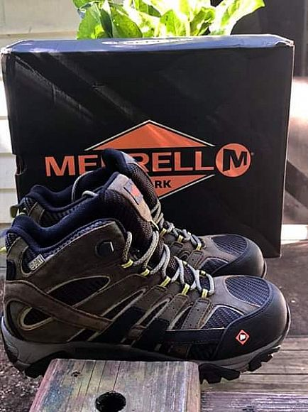 ad merrell moab 2 mid vented composite toe workboot.