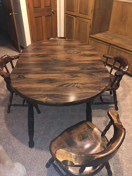 ad beautiful dining kitchen table with 6 chairs - real wood - check the edges around the table
