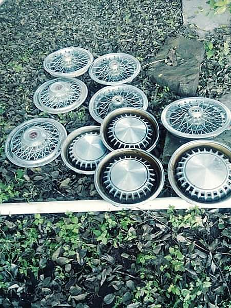 ad classic old wired hubcaps wheels