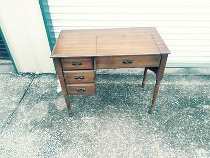 ad sewing machine table