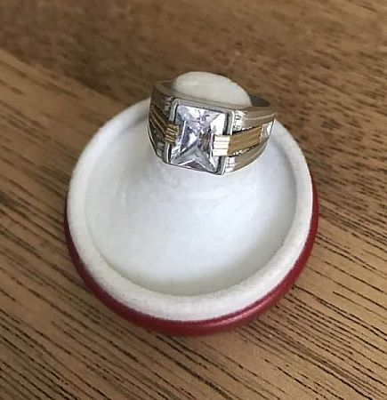 ad 925 silver ring sz 7