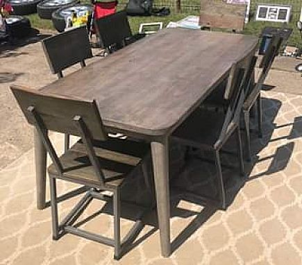 ad io metro table and chairs