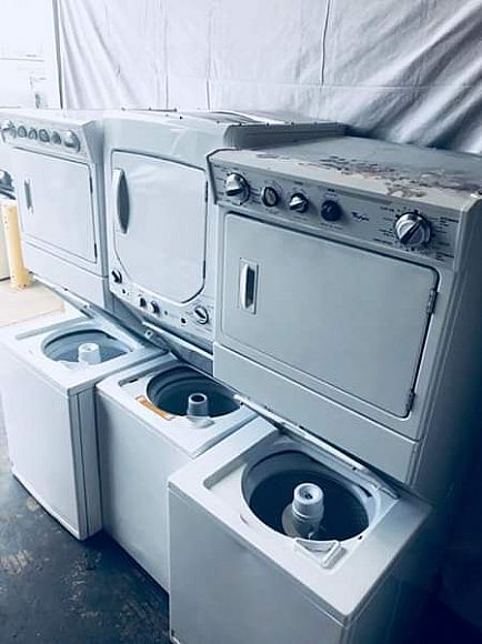 ad full sized near new stacked washer dryer combo laundry units kenmore ge whirlpool maytag