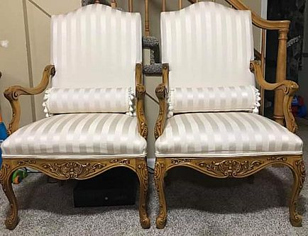 ad 2 accent chairs