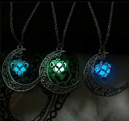 ad glow stone in the heart of the moon necklace
