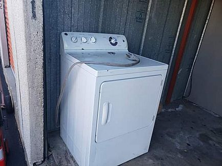 ad dryer works fridge needs freon washer dont know if works $50 for all three there in my storage. must pick up