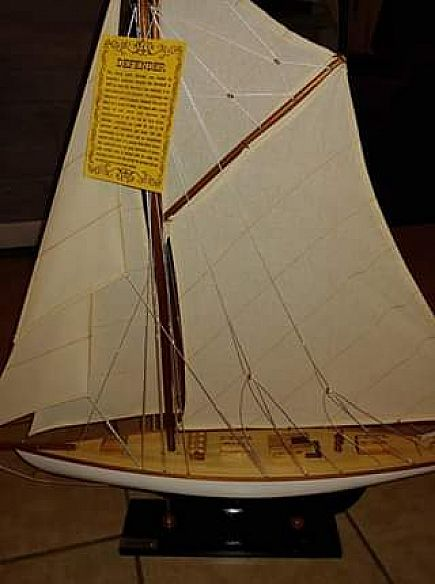 ad model sailboat display