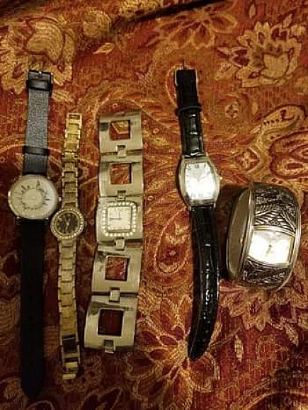 ad lot of watches needs batteries $15 for all