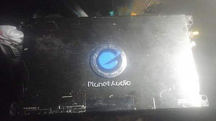ad planet audio amp 2600 watts