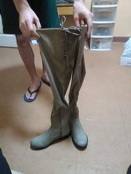 ad thigh high boots 8 1/2 taupe stretch suedue