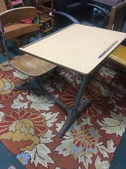 ad vintage amerex school desk $39 # 45 route 146 mechanicville by farm to market road 12-6 daily