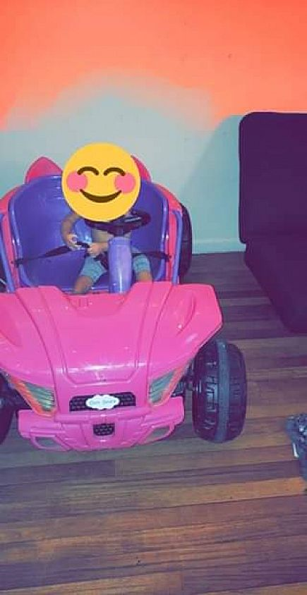ad motorized kids car