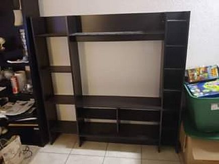 ad tv shelf