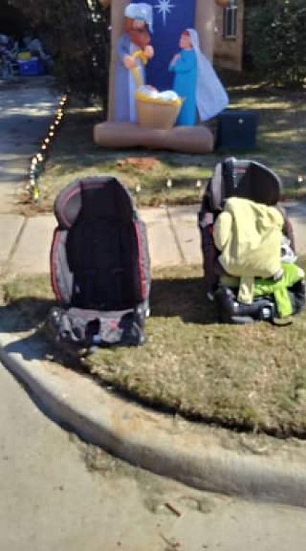 ad free!!! 2 car seats