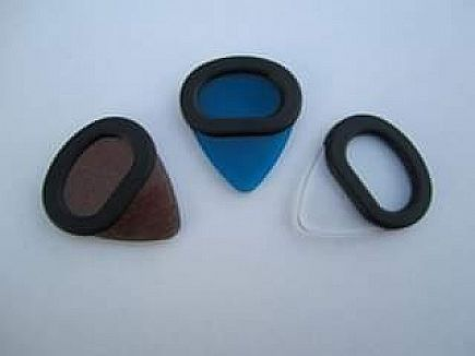 ad guitar picks with a grip