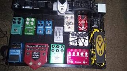 ad complete pedalboard with pedals