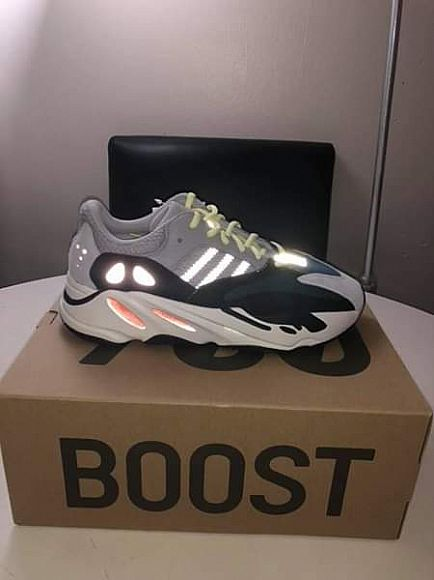 ad brand new wave runners