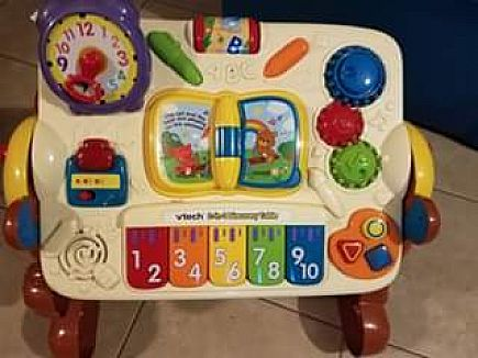 ad baby learning table