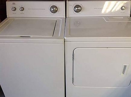 ad matching washer & dryer set (excellent working condition)