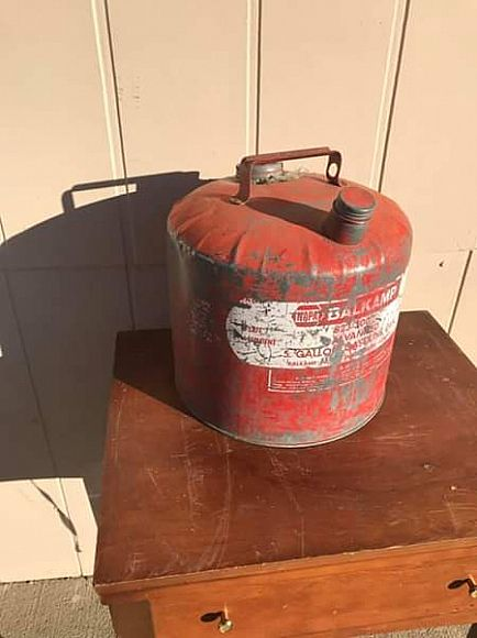ad vintage gas container