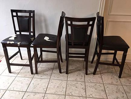 ad 4ea chairs wood pub height dark walnut finished wood in perfect condition